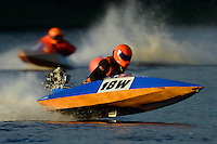 18-W   (Outboard Runabout)