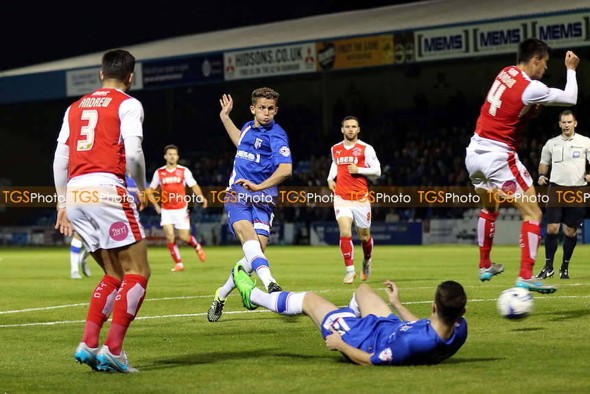 Jordan Houghton of Gillingham takes a shot at the Fleetwood goal during Gillingham vs Fleetwood Town, Sky Bet League 1 Football at the MEMS Priestfield Stadium, Gillingham, England on 29/09/2015