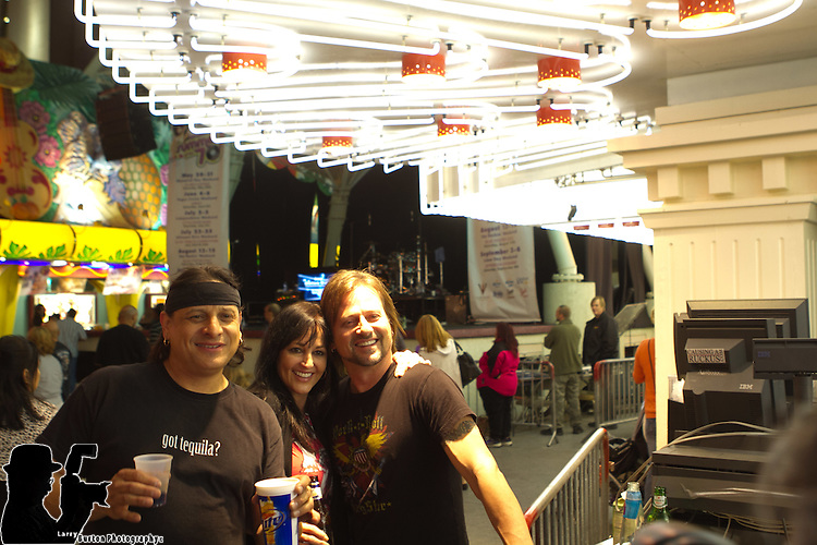 Jay Bolan Band appears on Fremont Street