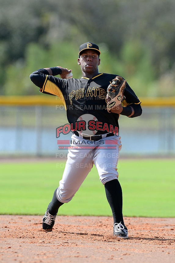 Pittsburgh Pirates third baseman Julio de la Cruz (16) during practice before an Instructional League game against the Tampa Bay Rays on September 27, 2014 at the Charlotte Sports Park in Port Charlotte, Florida.  (Mike Janes/Four Seam Images)