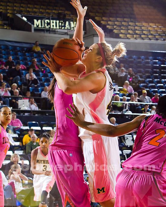 University of Michigan women's basketball 69-59 victory over Illinois at Crisler Arena in Ann Arbor, MI, on February 6, 2011.