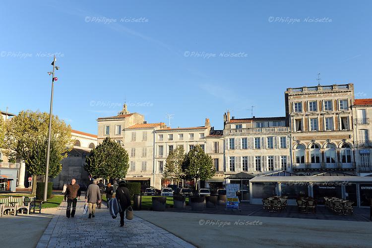 20081023 - France - Poitou-Charentes - Rochefort<br />La Place Colbert a Rochefort.<br />Ref : ROCHEFORT_029.jpg - &copy; Philippe Noisette.