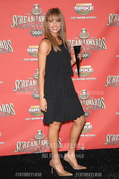 JESSICA ALBA - winner of Sexiest Superhero award - at the Spike TV Scream Awards 2006 at the Pantages Theatre, Hollywood..October 7, 2006  Los Angeles, CA.Picture: Paul Smith / Featureflash