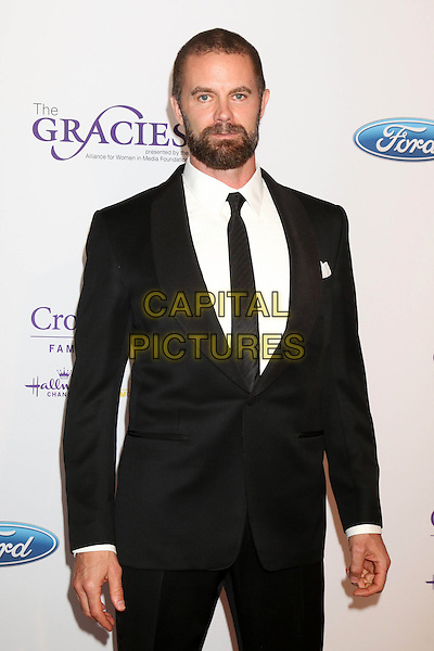 LOS ANGELES - MAY 24:  Garret Dillahunt at the 41st Annual Gracie Awards Gala at Beverly Wilshire Hotel on May 24, 2016 in Beverly Hills, CA. <br /> CAP/MPI/DE<br /> &copy;DE/MPI/Capital Pictures