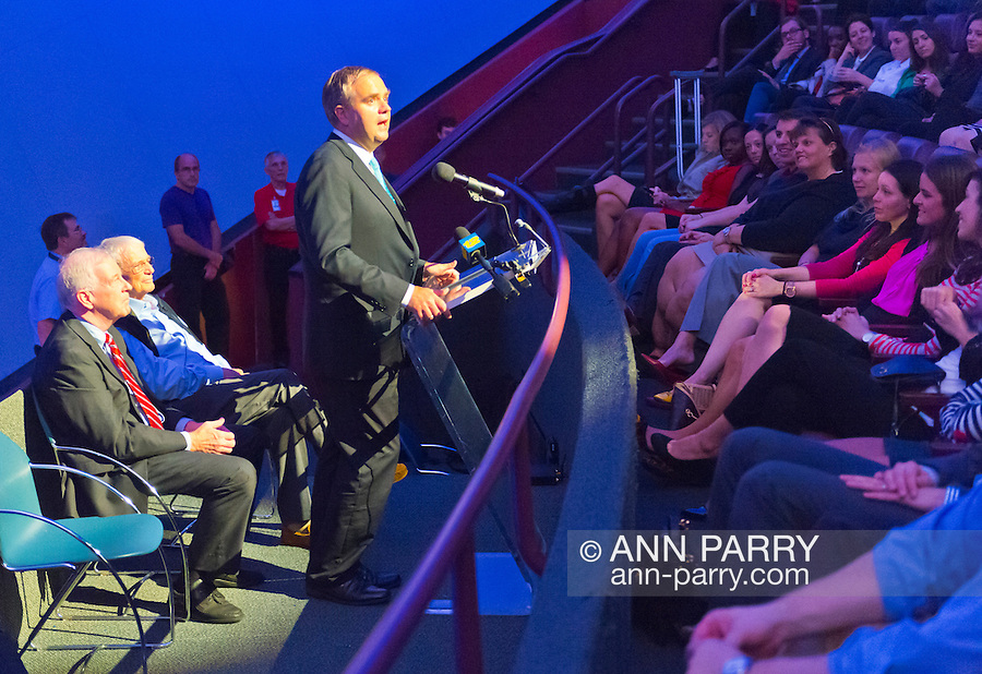 Oct 4, 2012 - GARDEN CITY, NEW YORK U.S. - (L - R) NY State Senator KEMP HANNON; Mercury astronaut SCOTT CARPENTER, and, speaking at podium, ROBIN HAYES JetBlue EVP, are at the museum's new JetBlue Sky Theater Planetarium. Nassau County students asked Carpenter questions after he spoke. The planetarium, a state-of-the-art digital projection system, officially opens this weekend.