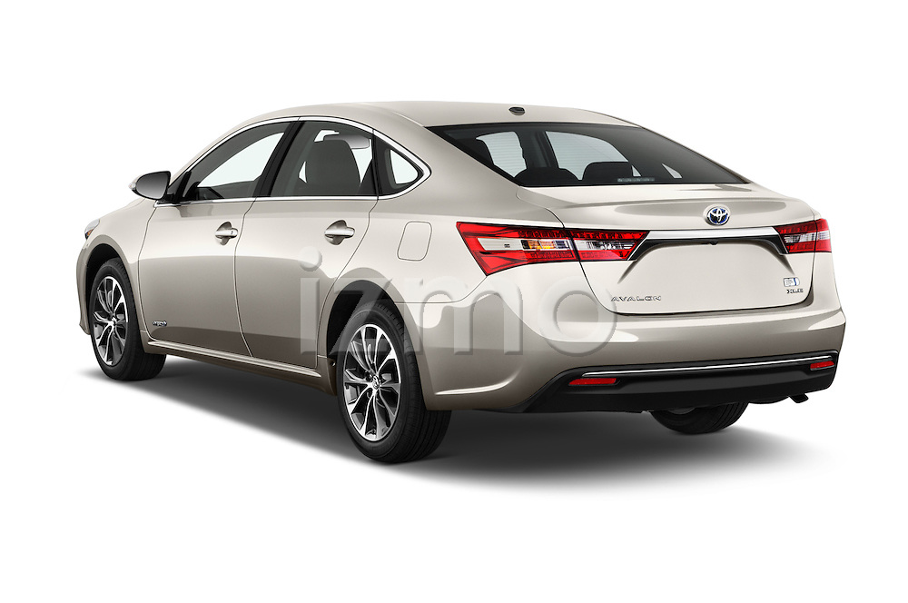 Car pictures of rear three quarter view of 2018 Toyota Avalon XLE Premium 4 Door Sedan Angular Rear