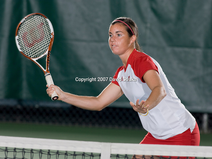 MADISON, WI - SEPTEMBER 25: Elizabeth Dolan of the 2007-08 Wisconsin Badgers women's tennis team. (Photo by David Stluka)