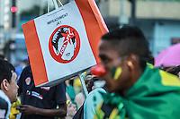 SÃO PAULO,SP, 20.03.2016 - PROTESTO-SP - Manifestantes ocupam a Avenida Paulista, em São Paulo (SP), na tarde deste domingo (20), em protesto contra o ex-presidente Luiz Inácio Lula da Silva,e pelo impeachment da presidente Dilma Rousseff. (Foto: Amauri Nehn/Brazil Photo Press)