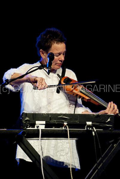 American musician Laurie Anderson performing at the Jazz Middelheim festival in Antwerp (Belgium, 13/08/2009)
