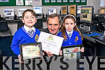 Jerry Kennelly, CEO of Tweak and past student was invited to present the Digital Schools of Distinction Award 2013 to CBS primary school Tralee on Wednesday. Pictured Jerry Kennelly presented the award to Senior Infants Alex Gaudino and Amy Scanlon