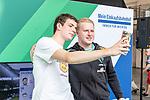 06.08.2019, Bremer Hauptbahnhof, Bremen, GER, 1.FBL, Mohammed Harkous MoAuba - FIFA eWorld Cup-Champion 2019<br /> <br /> im Bild<br /> Michael MEGABIT Bittner (Werder Bremen eSPORTS #98) macht Fan-Selfie, <br /> <br /> beim Empfang am Bahnhof Bremen nach Titelgewinn, <br /> <br /> Foto © nordphoto / Ewert