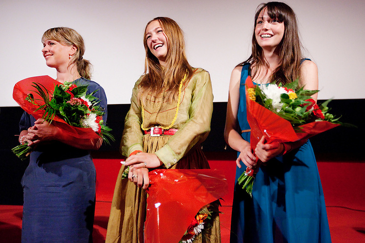 Amsterdam, 28 mei 2012.Het Ketelhuis.Premiere Paul Verhoeven's Steekspel..Ricky Koole, Carolien Spoor en Gaite Jansen.Foto Felix Kalkman.