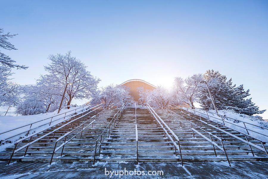 1701-04 GCS Snow_0085<br /> <br /> 1701-04 GCS Snow<br /> <br /> December 9, 2016<br /> <br /> Photography by Nate Edwards/BYU<br /> <br /> © BYU PHOTO 2016<br /> All Rights Reserved<br /> photo@byu.edu  (801)422-7322