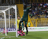 BOGOTÁ - COLOMBIA, 06-03-2018:  Arbey Mosquera de La Equidad celebra después de anotar un gol a Boyacá Chicó  durante partido por la fecha 7 de la Liga Águila I 2018 jugado en el estadio Metropolitano de Techo de la ciudad de Bogotá. / Arbey Mosquera of La Equidad celebrates after scoring a goal to Boyaca Chico during the match for the date 7 of the Liga Aguila I 2018 played at the Metropolitano de Techo  Stadium in Bogota city. Photo: VizzorImage / Felipe Caicedo / Staff.