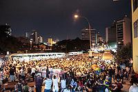 SÃO PAULO, SP - 22.06.2013: MANIFESTAÇÃO PEC 37 - Manifestantes contra a PEC 37 se concentram em frente ao ministério Público de SP neste sabado (22). (Foto: Marcelo Brammer/Brazil Photo Press)