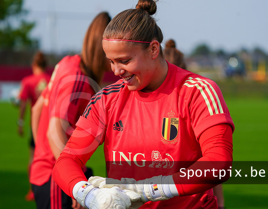 20200911 - TUBIZE , Belgium : goalkeeper Justien Odeurs pictured during a training session of the Belgian Women's National Team, Red Flames , on the 11th of September 2020 in Tubize. PHOTO SEVIL OKTEM| SPORTPIX.BE