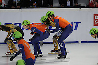 SCHAATSEN: DORDRECHT: Sportboulevard, Korean Air ISU World Cup Finale, 11-02-2012, Relay Men, Freek van der Wart NED (63), Daan Breeuwsma NED (59), Yoshiaki Oguro JPN (44), ©foto: Martin de Jong