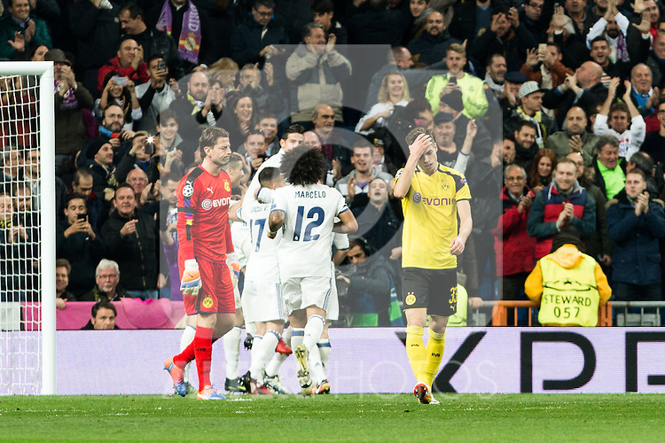 Borussia Dortmund Roman Weidenfeller,  Julian Weigl ,Real Madrid's Marcelo Vieira, Karim Benzema  during Champions League match between Real Madrid and Borussia Dortmund  at Santiago Bernabeu Stadium in Madrid , Spain. December 07, 2016. (ALTERPHOTOS/Rodrigo Jimenez)