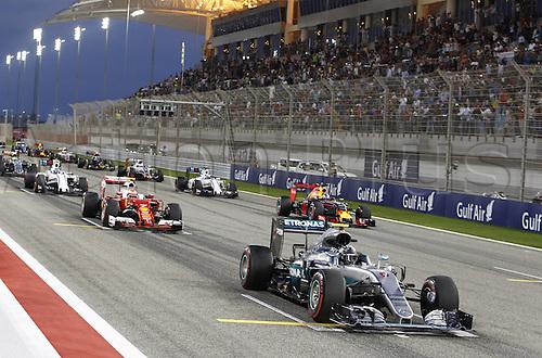 03.04.2016. Sakhir, Bahrain. F1  Grand Prix of Bahrain, 6 Nico Rosberg (GER, Mercedes AMG Petronas Formula One Team), 44 Lewis Hamilton (GBR, Mercedes AMG Petronas Formula One Team), 77 Valtteri Bottas (FIN, Williams Martini Racing) at the starting grid start