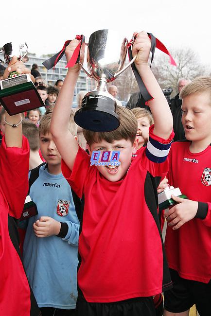 GLEBE LIONS v WESTSIDE BOYS<br /> LONDON FA CUP FINAL (U9) SUNDAY 11TH MARCH 2012 MILE END STADIUM