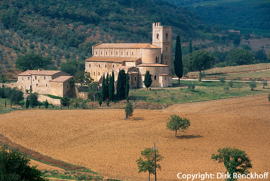 Italien, Toskana, Sant' Antimo, romanische Kirche