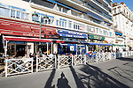 20080110 - France - Aquitaine - Pau<br /> LES CAFES DU BOULEVARD DES PYRENEES A PAU, TRES ANIMES.<br /> Ref : PAU_011.jpg - © Philippe Noisette.