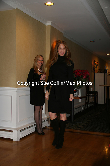 Jamie Luner at a benefit for American Lung Association on December 6, 2009 at Mezza on the Green at the Lawrence Country Club. (Photos by Sue Coflin/Max Photos)