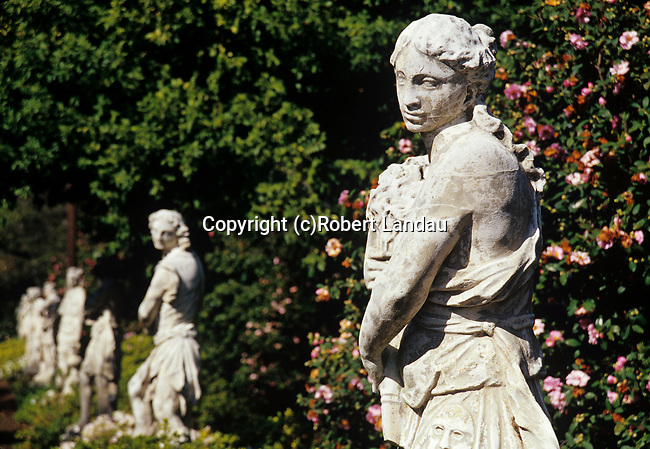 Statues in gardens at Huntington Gardens in Pasadena