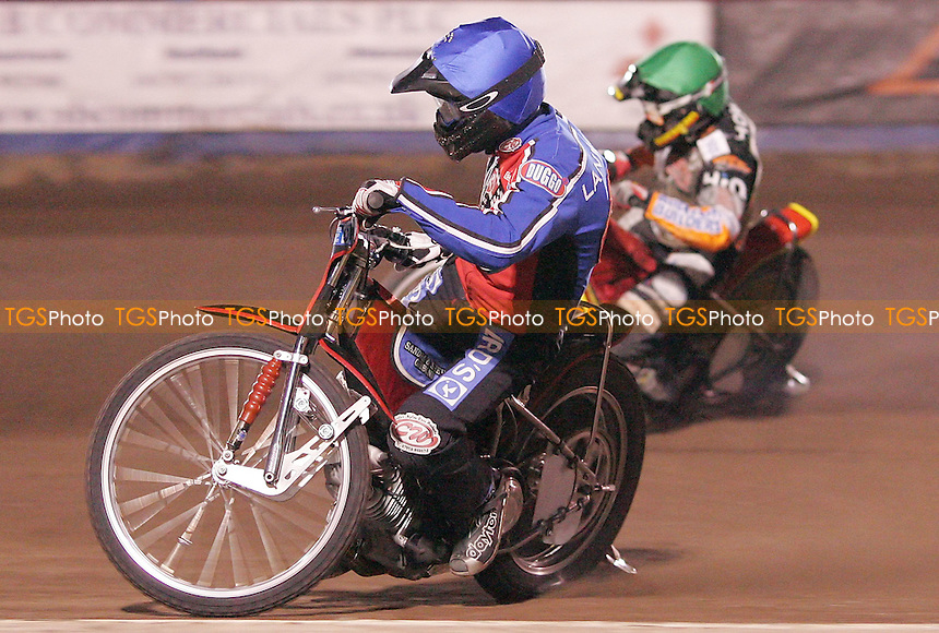 Heat 3 - Leigh Lanham (Blue) of Lakeside and David Howe (Green) of Wolves - Lakeside Hammers vs Wolverhampton Wolves at The Arena Essex Raceway, Thurrock - 07/09/07 - MANDATORY CREDIT: Rob Newell/TGSPHOTO
