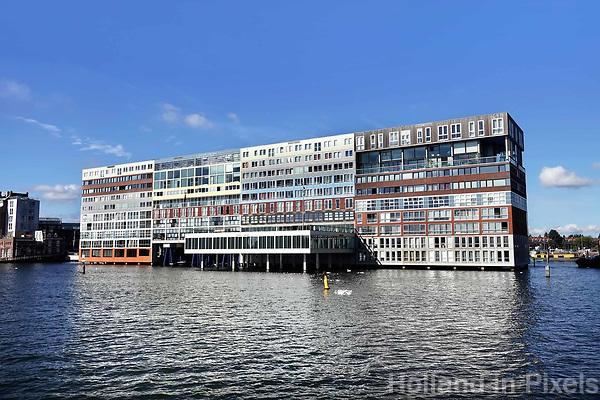 Nederland Amsterdam 2017. Appartementencomplex de Silodam, ontworpen door MVRDV architecten. Foto Berlinda van Dam / Hollandse Hoogte