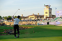 Francesco Molinari (ITA) on the 18th fairway during the 1st round of the DP World Tour Championship, Jumeirah Golf Estates, Dubai, United Arab Emirates. 15/11/2018<br /> Picture: Golffile | Fran Caffrey<br /> <br /> <br /> All photo usage must carry mandatory copyright credit (&copy; Golffile | Fran Caffrey)