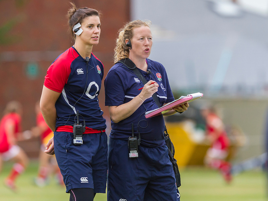 Water girl Sarah Hunter and team manager Janette Evans pre-match, U20 England Women v U20 Canada Women at Trent College, Derby Road, Long Eaton, England, on 22nd August 2016