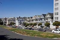 San Francisco, Usa, Giugno 2007. Le tipiche case stile Vittoriano ad Alison Square
