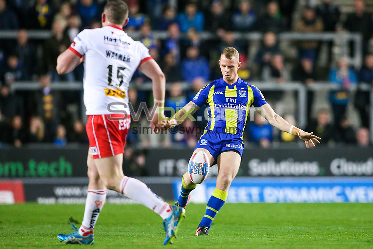 Picture by Alex Whitehead/SWpix.com - 24/03/2017 - Rugby League - Betfred Super League - St Helens v Warrington Wolves - The Totally Wicked Stadium, St Helens, England - Warrington's Kevin Brown kicks.