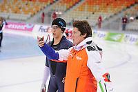 SPEEDSKATING: SOCHI: Adler Arena, 21-03-2013, Training, Daniel Greig (AUS), Desly Hill (assistent trainer Team LIGA), © Martin de Jong