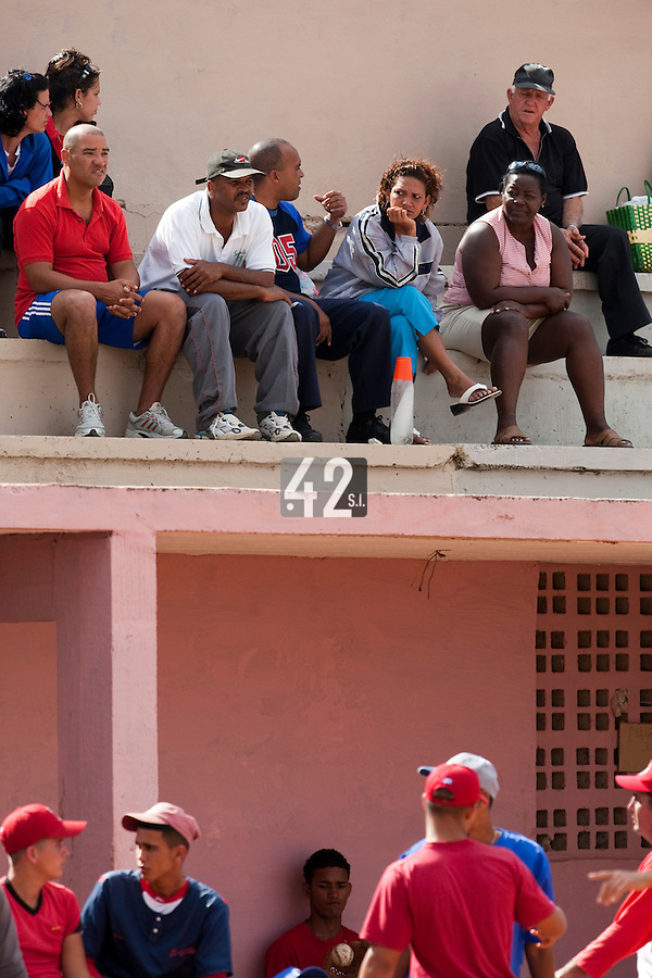 BASEBALL - POLES BASEBALL FRANCE - TRAINING CAMP CUBA - HAVANA (CUBA) - 13 TO 23/02/2009 - FANS (CUBAN)