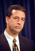 United States Senator Senator Russ Feingold (Democrat of Wisconsin) meets reporters after his and US Senator John McCain's (Republican of Arizona) proposal to overhaul the nation's campaign finance laws fell due to a Republican filibuster for the fourth straight year in the US Capitol in Washington, DC on October 19, 1999.  The bill would have banned soft money and would have allowed nonunion members to stop labor unions from spending their mandatory dues on political activities.<br /> Credit: Ron Sachs / CNP