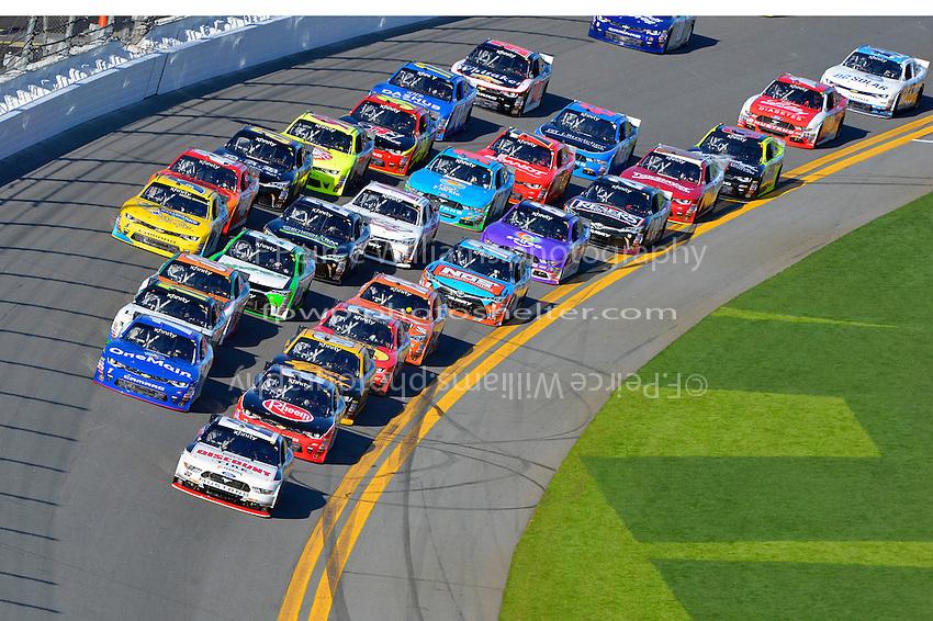 19-20 February, 2016, Daytona Beach, Florida USA<br /> Joey Logano leads the field.<br /> &copy;2016, F. Peirce Williams