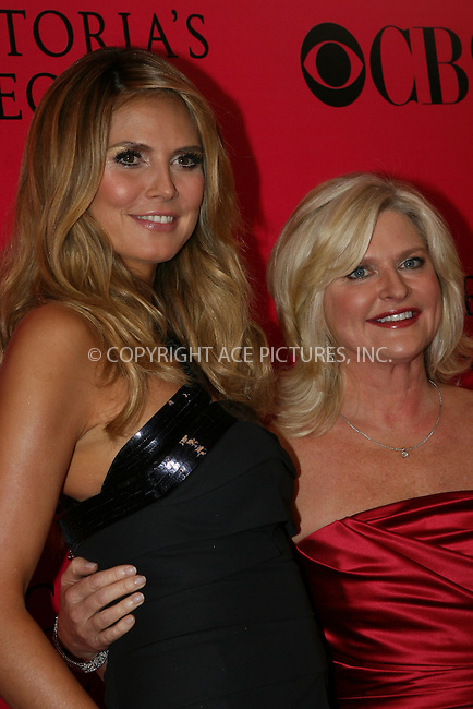 WWW.ACEPIXS.COM . . . . .  ....November 19 2009, New York City....Heidi Klum and Sharen Turney,Chief Executive Officer and President of Victoria's Secret arriving at the Victoria's Secret 2009 fashion show at the Armoury on November 19 2009 in New York City....Please byline: NANCY RIVERA- ACEPIXS.COM.... *** ***..Ace Pictures, Inc:  ..Tel: 646 769 0430..e-mail: info@acepixs.com..web: http://www.acepixs.com