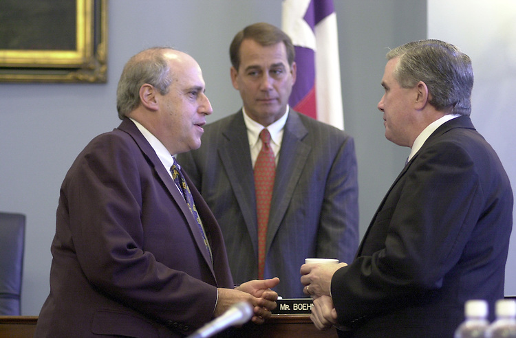 Agriculture4(DG)092700 -- Dan Glickman, Secretary of Agriculture, John A. Boehner, R-Ohio, and Chairman Larry Combest, R-Texas, talk before the start of the Agriculture Committee Meeting on crop insurance.