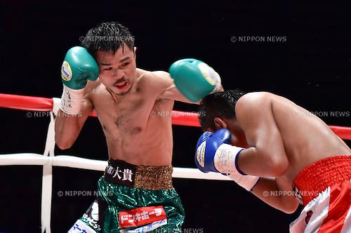 (L-R) Kohei Kono (JPN), Inthanon Sithchamuang (THA),<br /> APRIL 27, 2016 - Boxing :<br /> Kohei Kono of Japan in action against Inthanon Sithchamuang of Thailand during the second round of the WBA super flyweight title bout at Ota-City General Gymnasium in Tokyo, Japan. (Photo by Hiroaki Yamaguchi/AFLO)