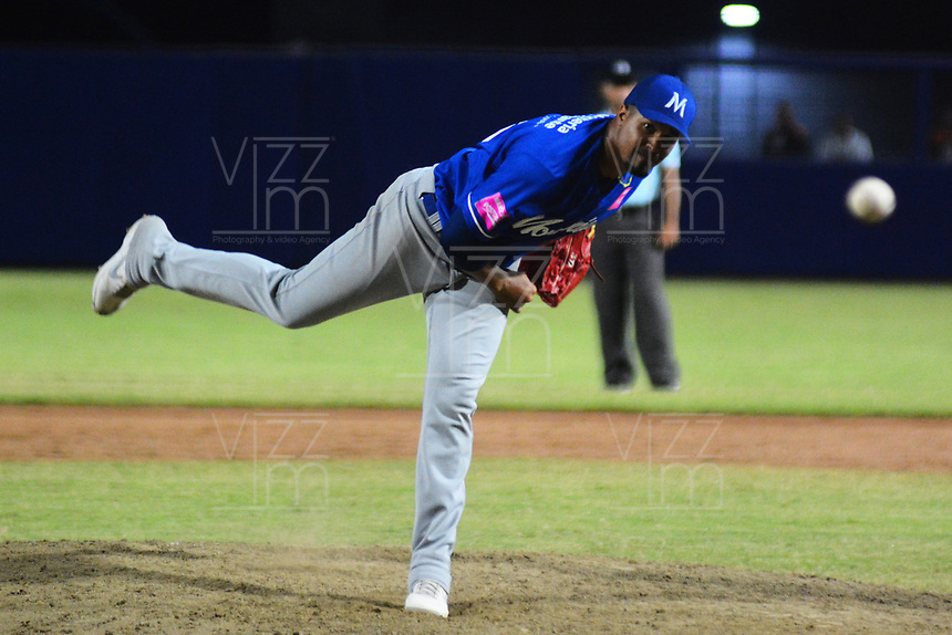 BARRANQUILLA - COLOMBIA, 30-11-2019: Pedro Echemendia pictcher de Vaqueros durante partido entre Gigantes de Barranquilla y Vaqueros de Montería como parte de La Liga Profesional de Béisbol Colombiano 2019/2020 jugado en el estadio Edgar Renteria de Barranquilla. / Pedro Echemendia pictcher of Vaqueros during match between Gigantes de Barranquilla and Vaqueros de Monteria as part of Colombian Professional Baseball League 2019/2020 played at Edgar Renteria stadium in Barranquilla city. Photo: VizzorImage / Alfonso Cervantes / Cont