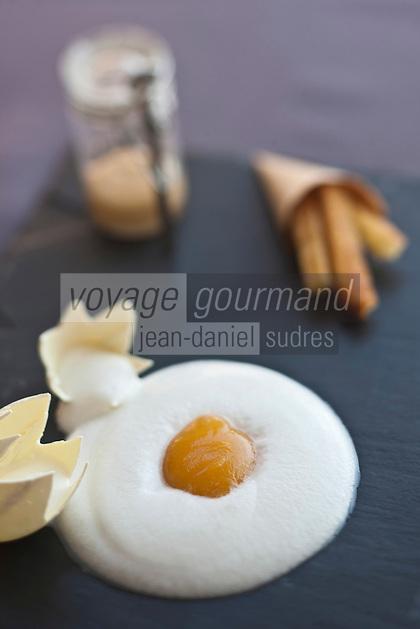 Europe/France/Corse/2B/Haute-Corse/Cap Corse/Erbalunga: Notre interprétation des pâtes à la langouste - recette de Jerry Monmessin chef du restaurant: Le Pirate,