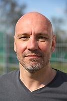 Der neue Trainer ab Sommer Matthias Dworschak (Büttelborn) - 07.04.2019: SKV Büttelborn vs. TSV Lengfeld, Gruppenliga Darmstadt