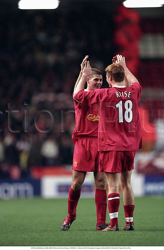 STEVEN GERRARD and JOHN ARNE RIISE celebrate winning, LIVERPOOL 2 v Roma 0, UEFA Champions League, Anfield 020319. Photo:Neil Tingle/Action Plus...2002.Soccer.Football.premiership premier league.club.celebration celebrating celebrations joy celebrates.win wins winner winners