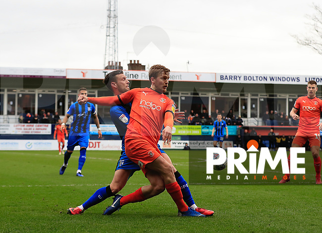 Luke Berry of Luton Town during the Sky Bet League 1 match between Luton Town and Gillingham at Kenilworth Road, Luton, England on 16 March 2019. Photo by Liam Smith.