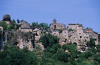Europe/France/Auvergne/12/Aveyron/Vallée de la Dourbie /Cantobre: Vue générale du village