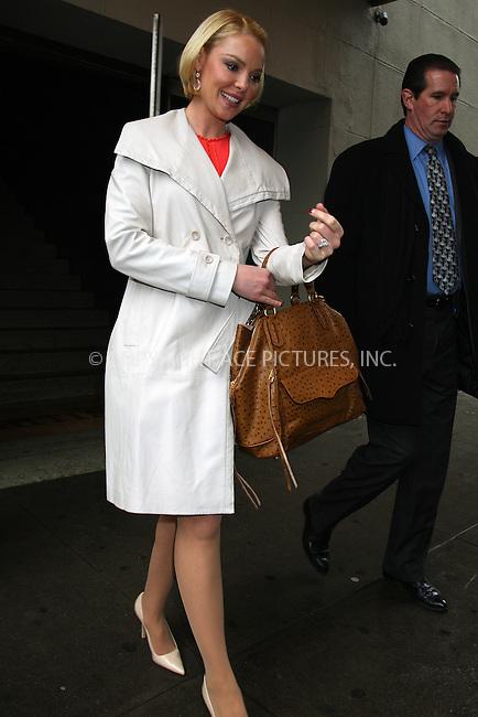 WWW.ACEPIXS.COM . . . . .  ....Janaury 23 2012, New York City....Actress Katherine Heigl left a West Village restaurant on January 23 2012 in New York City....Please byline: PHILIP VAUGHAN - ACE PICTURES.... *** ***..Ace Pictures, Inc:  ..Philip Vaughan (212) 243-8787 or (646) 679 0430..e-mail: info@acepixs.com..web: http://www.acepixs.com