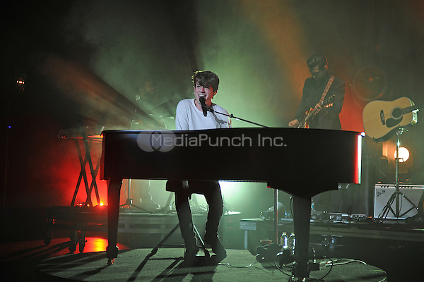 MIAMI BEACH, FL - OCTOBER 04: Charlie Puth performs at the Fillmore on October 4, 2016 in Miami Beach, Florida.  Credit: mpi04/MediaPunch