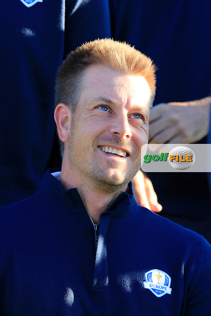 Henrik Stenson (SWE) European Team photo shoot during Tuesday's Practice Day of the 41st Ryder Cup held at Hazeltine National Golf Club, Chaska, Minnesota, USA. 27th September 2016.<br /> Picture: Eoin Clarke | Golffile<br /> <br /> <br /> All photos usage must carry mandatory copyright credit (&copy; Golffile | Eoin Clarke)